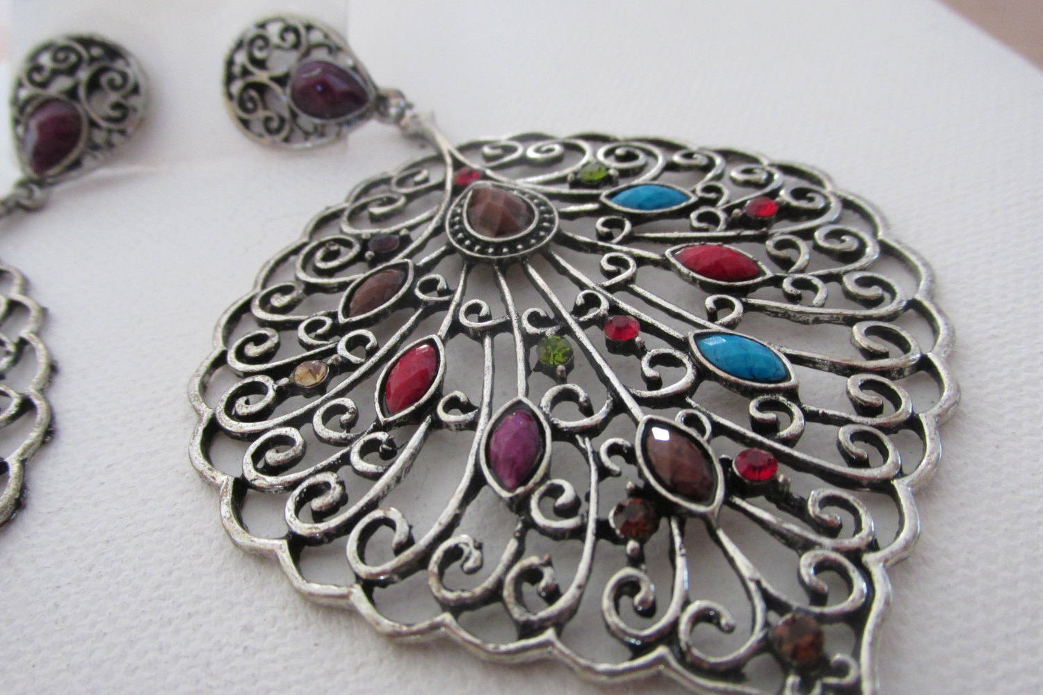 Reasons Supporting the Need to Follow the Silver Jewelry Trend